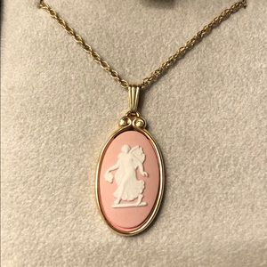 Wedgwood pendant and necklace